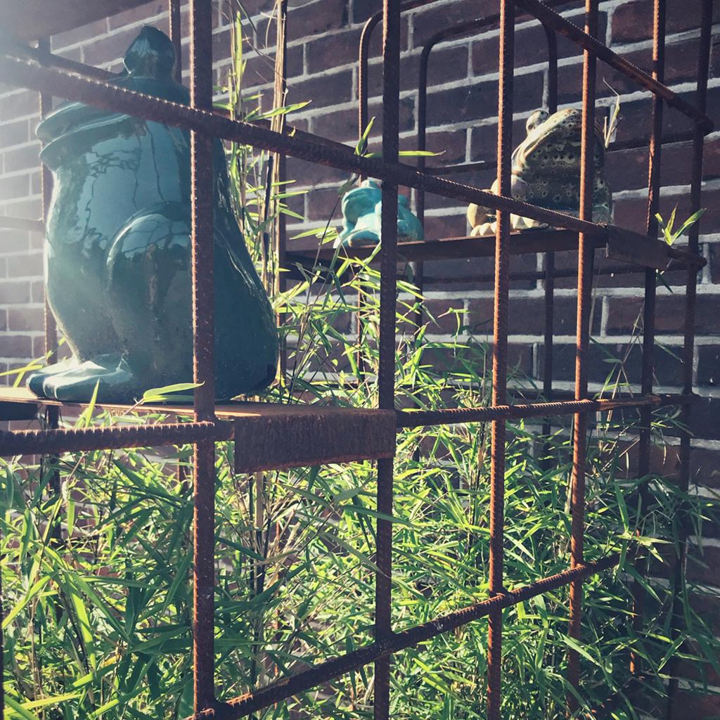 plantenbak wieltjes staal verrijdbaar betongaas